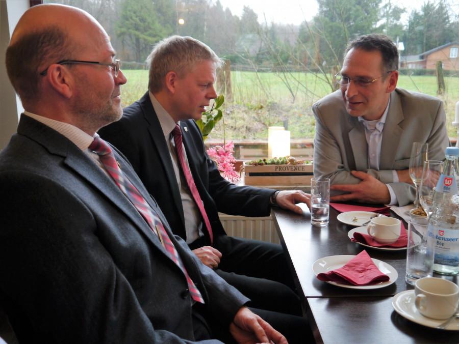 Unser Bürgermeister im Gespräch mit Oliver Schmidt-Gutzat
